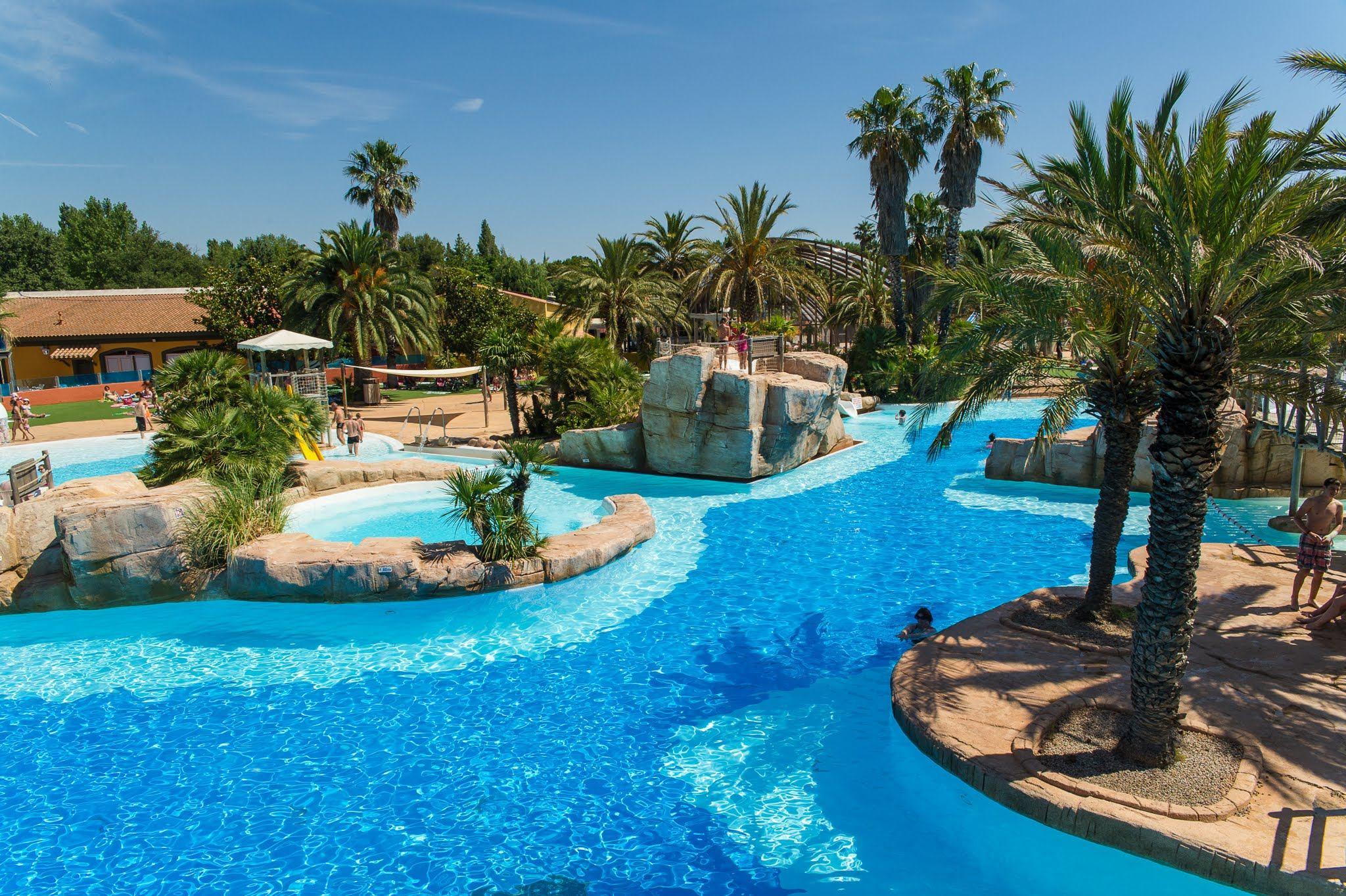Camping argeles sur mer piscine couverte piscine de luxe avec toboggan meilleur de camping - Camping guerande piscine couverte ...